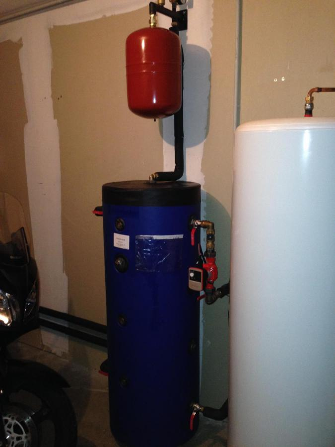 Installation d'un chauffe-eau sur une installation de chauffage central