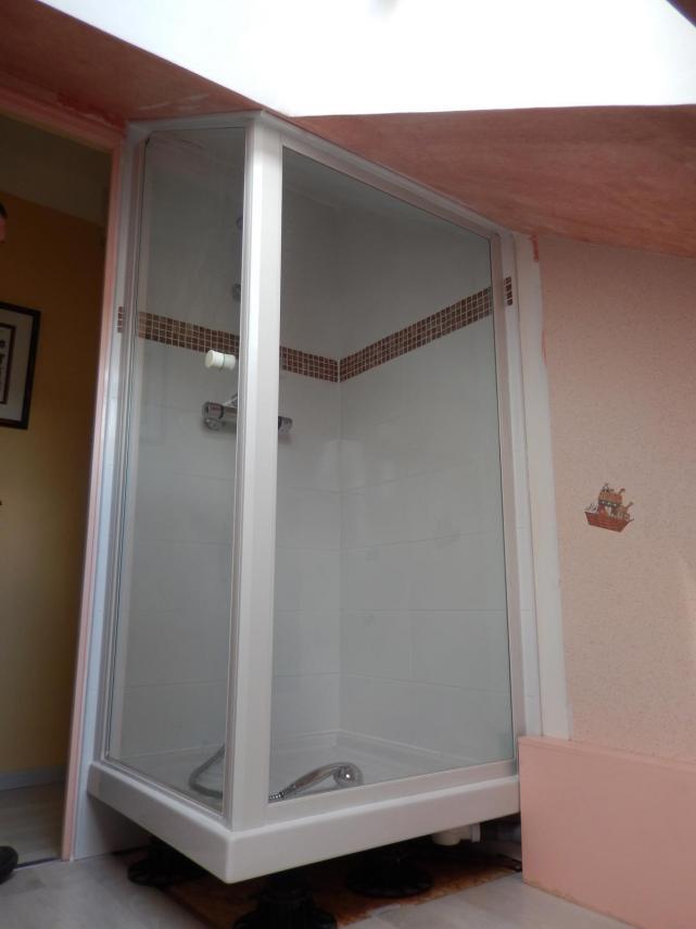 Installation d'une douche  (sous pente) et pose de faïence à Sargé Lès Le Mans (72190)