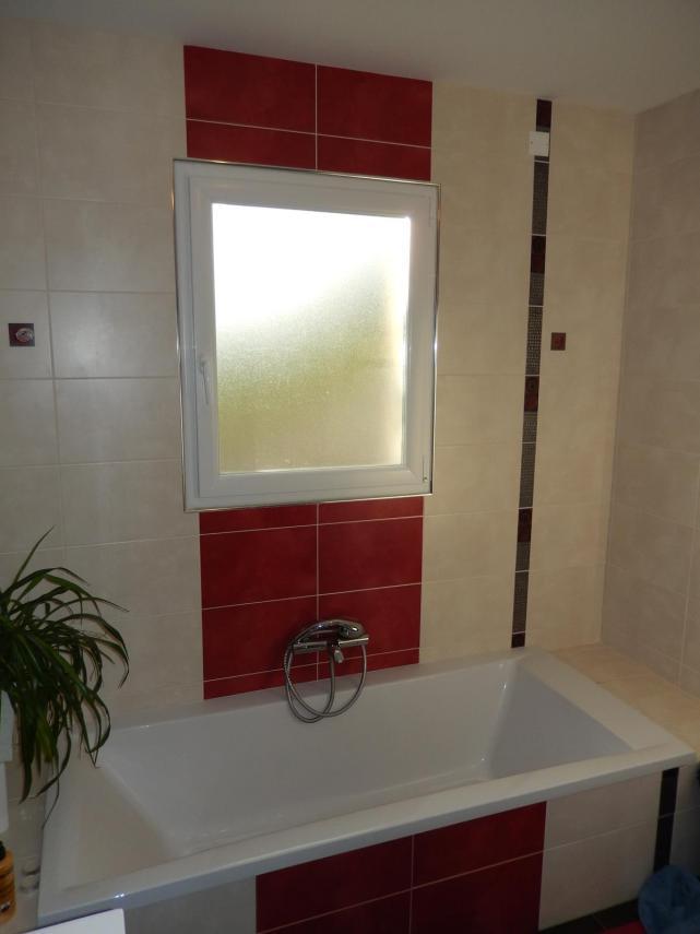Aménagement d'une salle de bain à Champagné (Baignoire et Faïence)