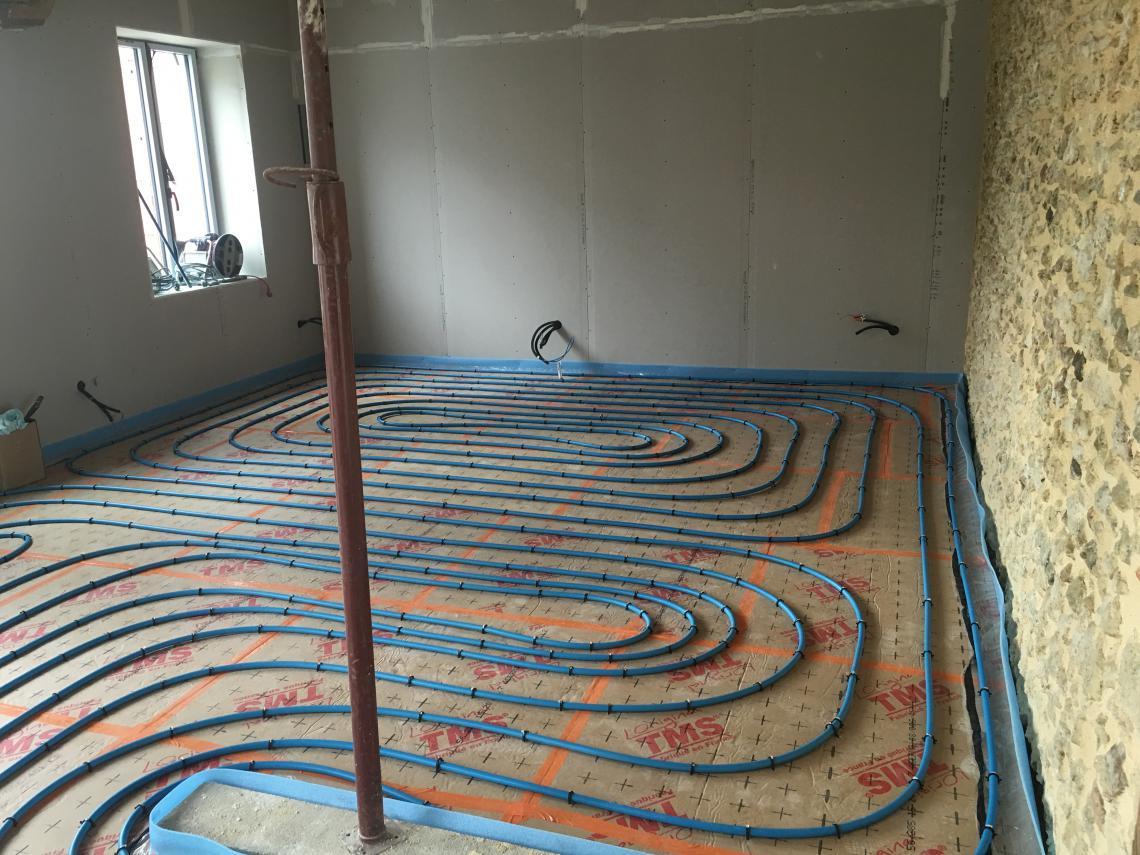 plancher chauffant eau chaude à beaufay sarthe 72